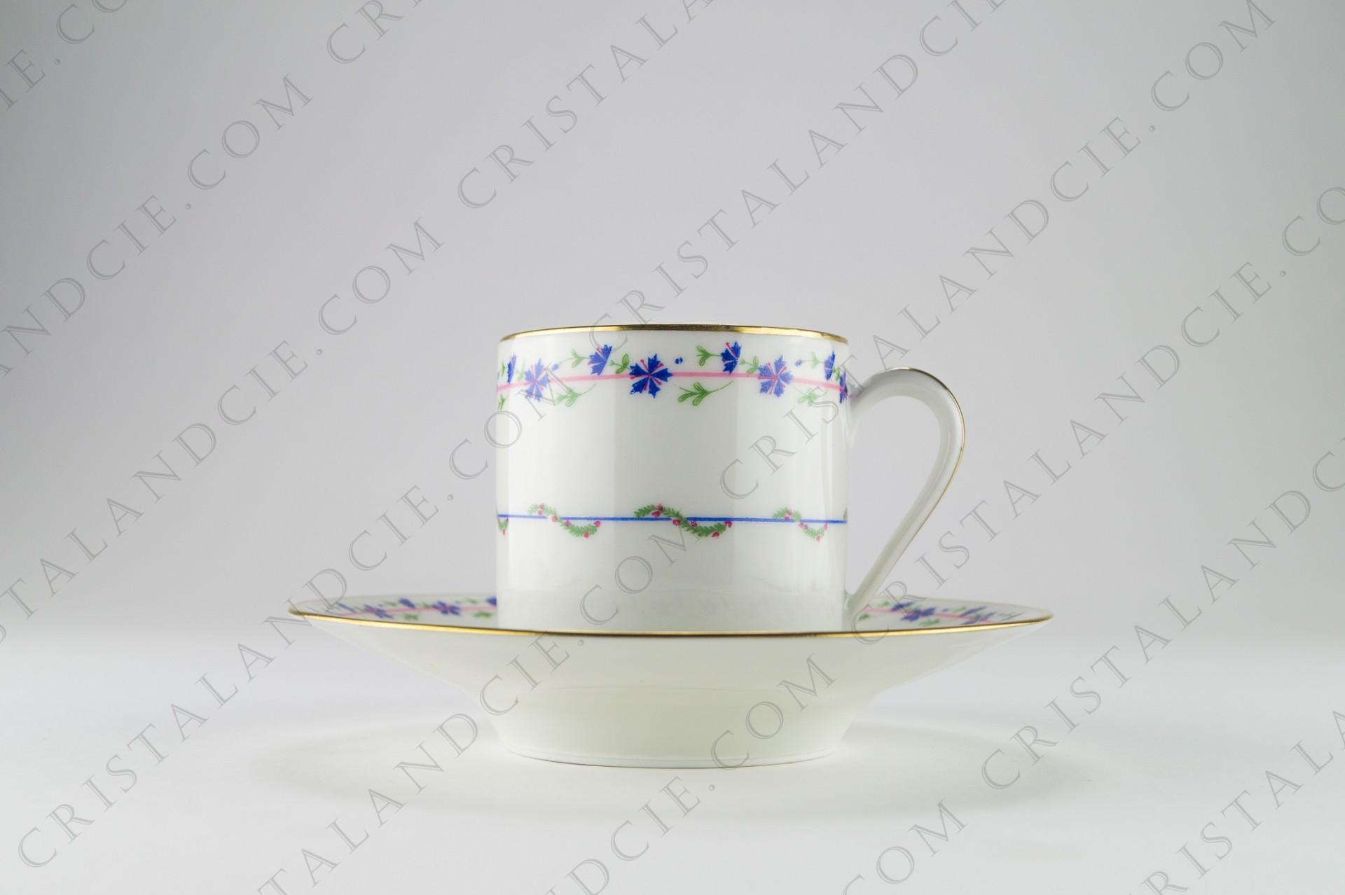 tasse caf aux bleuets en raynaud. Black Bedroom Furniture Sets. Home Design Ideas