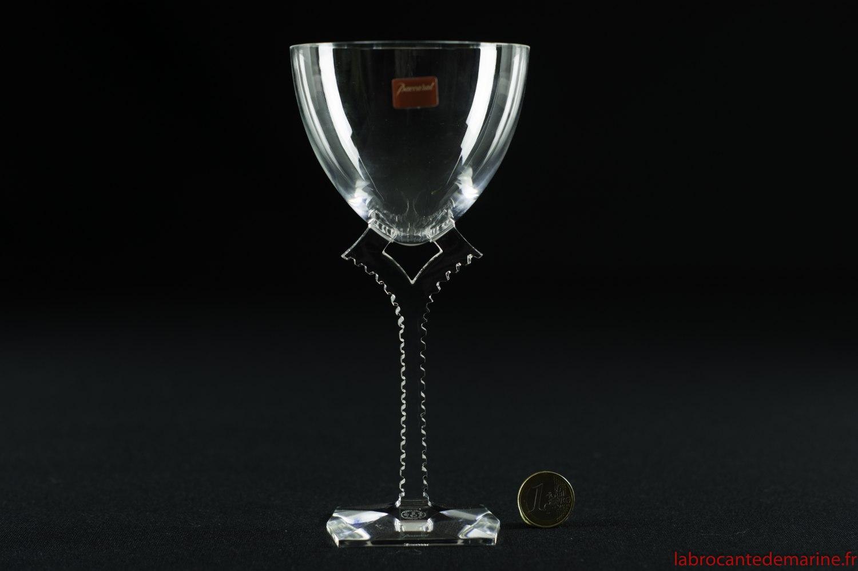 verre eau oxyg ne en baccarat. Black Bedroom Furniture Sets. Home Design Ideas