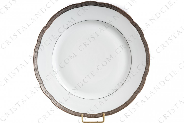 Dinner plate in Limoges china by Bernardaud pattern Torsade incrustée, decorated with platinum inlays