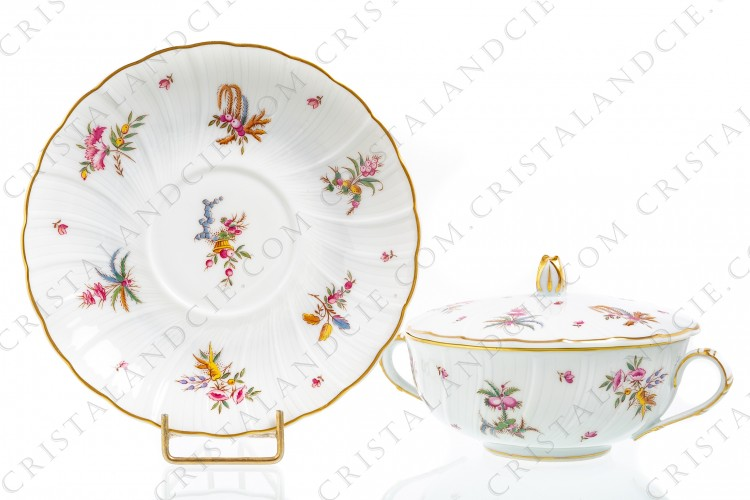 Bouillon cup in Limoges china by Bernardaud pattern Watteau decorated with fruits baskets and bouquets of flowers