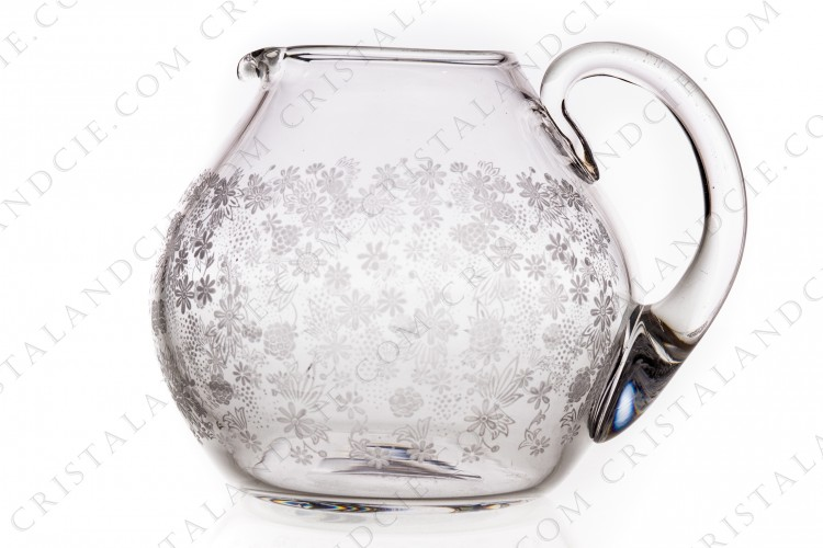 Water jug in crystal by Baccarat pattern Elisabeth, decorated with engraved with the acid flowers on all the belly