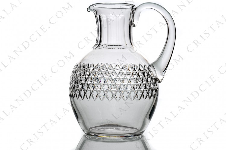 Water jug in crystal by Baccarat pattern Lucullus with an important cut pattern photo-1