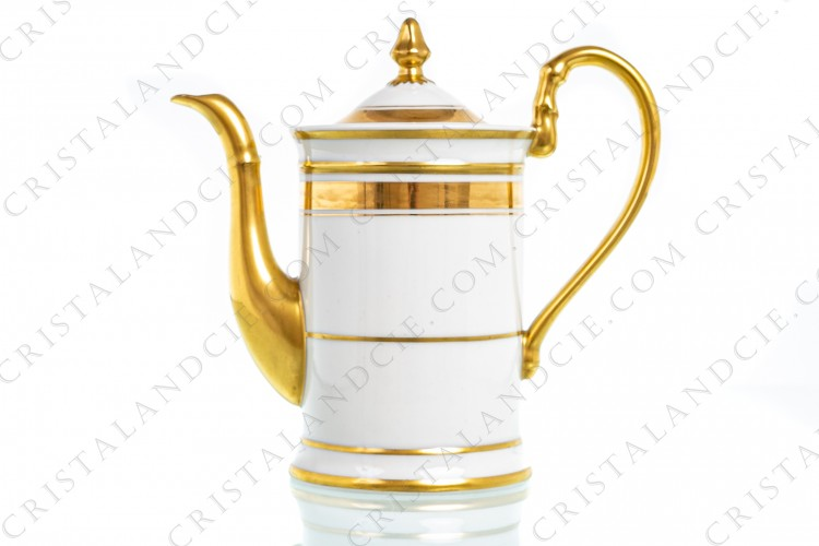 Coffee pot in Limoges china by Pastaud decorated with hand painted gold borders