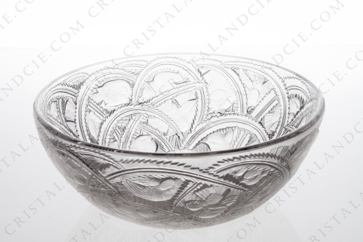 Bowl Pinsons by Lalique