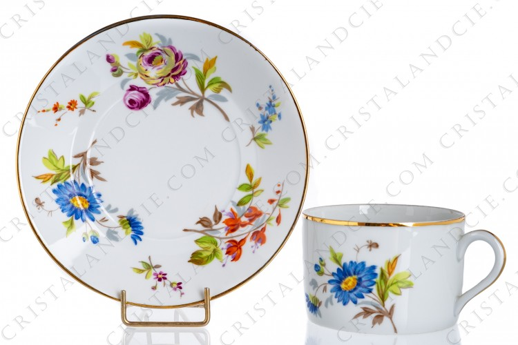 Flowered breakfast cup Limoges