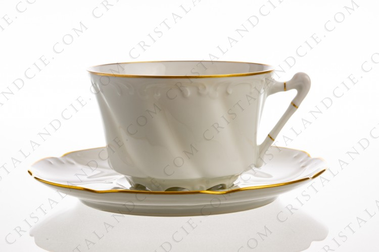 Breakfast cup in Limoges china decorated by Jammet-Seignolles with arabesques and gold borders photo-1