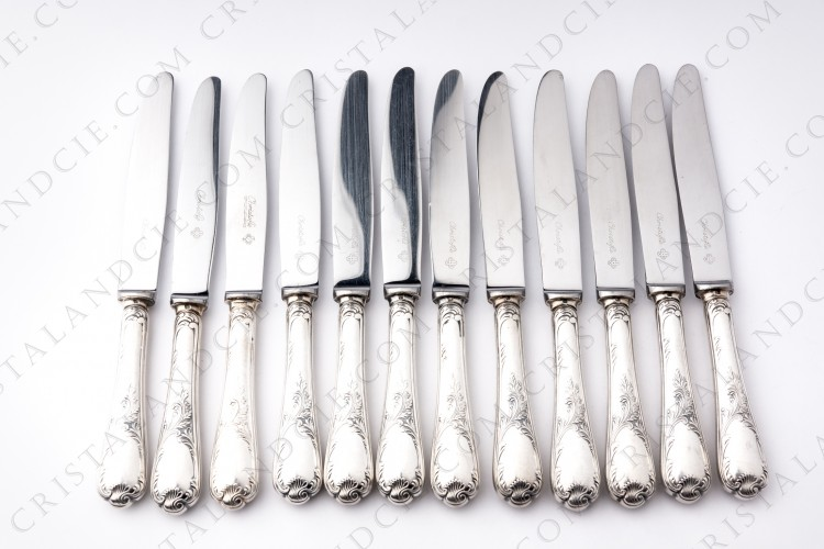 Twelve dessert knives in platted silver by Christofle pattern Marly with a Rocaille pattern photo-1