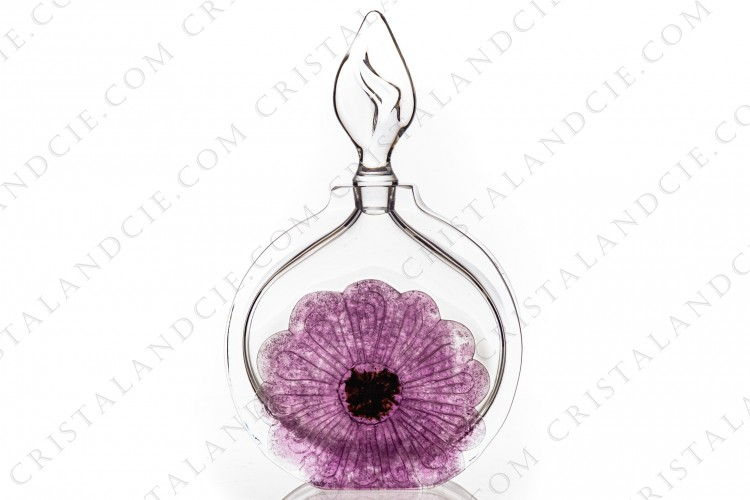 Perfume bottle in crystal by Daum pattern Coppelia with a pink flower in pate de verre