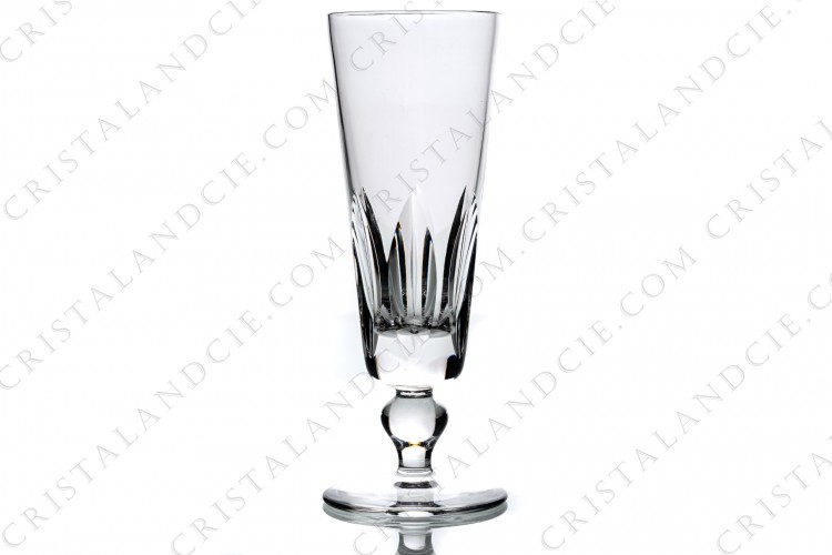 Champagne flute in crystal by Saint-Louis pattern Jersey with a cut pattern