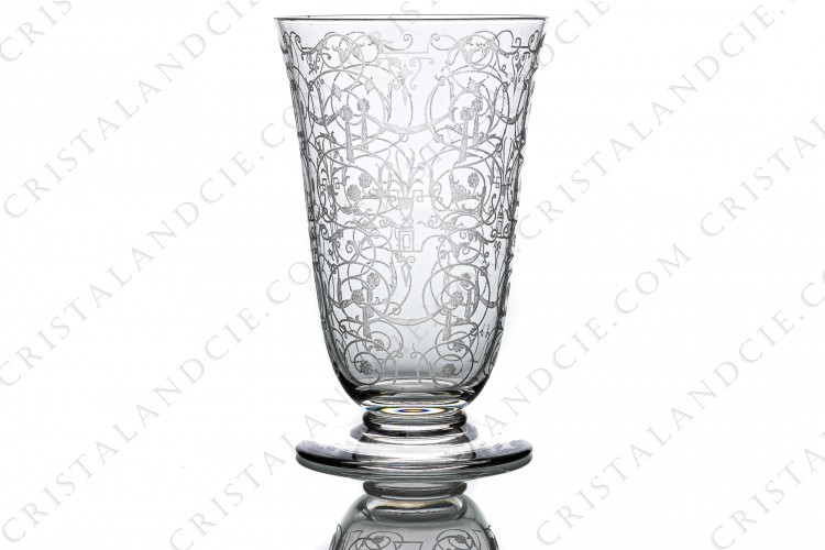 Champagne flute in crystal by Baccarat pattern Michelangelo with an important engraved pattern