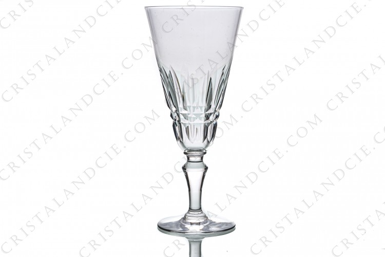 Champagne flute in crystal by Baccarat pattern Piccadilly with a cut pattern
