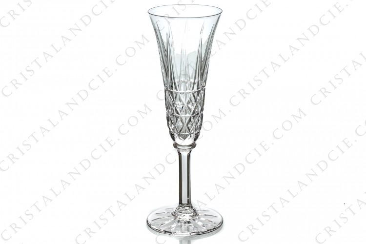 Champagne flute in crystal by Saint-Louis pattern Tarn, with an important cut pattern