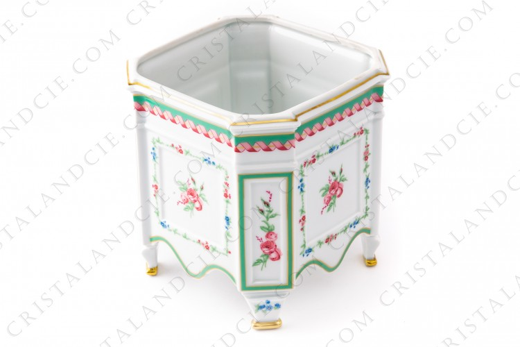 Bowl flower pot in Limoges china by Haviland decorated with polychromes flowers photo-1