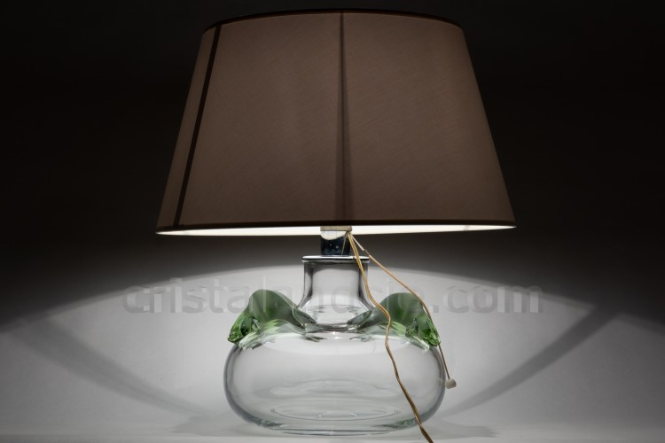 Lamp in crystal by Lalique pattern Saghir, shape of a ball decorated with two couples of sea lions in green frosted crystal