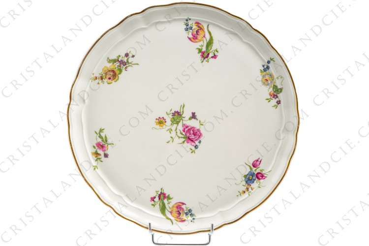 Tart dish in china of Limoges by Bernardaud shape Régence decorated with polychromes flowers
