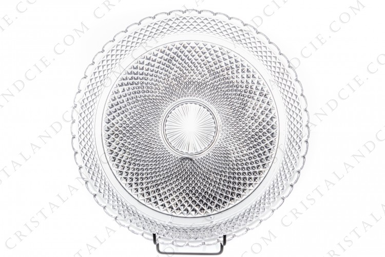 Round tray in molded crystal by Baccarat decorated with diamond tips photo-1