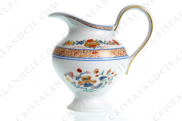 Creamer in Limoges china by Bernardaud pattern Pondichery decorated with polychromes and gold flowers