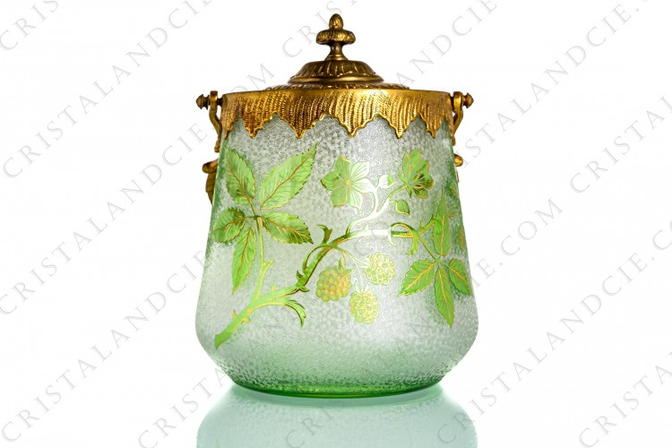 Art Nouveau cookie jar with mulberry by Saint-Louis