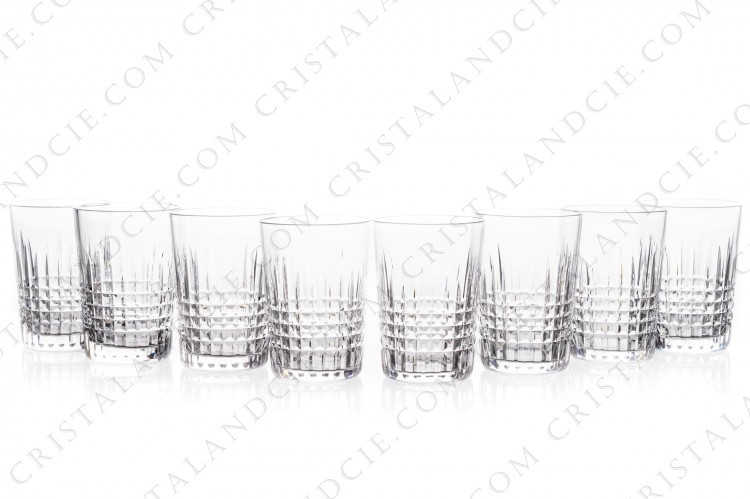 Set of eight tumblers in crystal by Baccarat pattern Nancy with an important cut pattern of grid photo-1