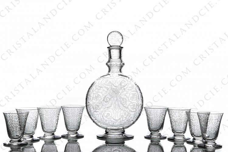 Cordial set in crystal by Baccarat pattern Michelangelo with an important engraved pattern photo-1