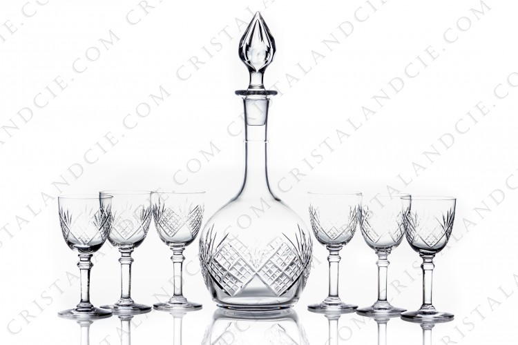 Sherry set in crystal by Saint-Louis with a cut pattern