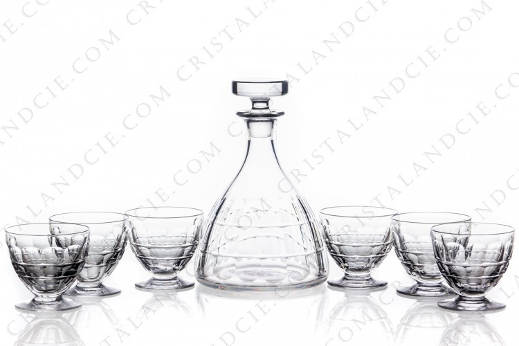 Wine set in crystal by Baccarat pattern Charmes with a cut pattern on the parison photo-1