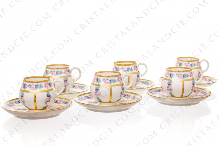 Set of six Art Deco coffee cups in china of Limoges by Legrand decorated with polychromes flowers photo-1