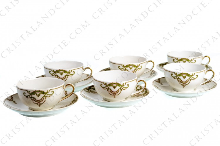 Six tea cups with foliage by Théodore Haviland