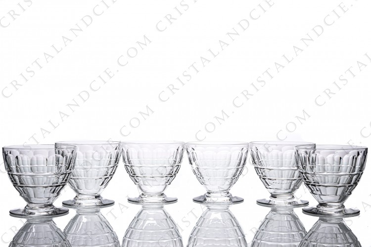 Set of six water glasses n°2 in crystal by Baccarat pattern Charmes with a cut pattern on the gob
