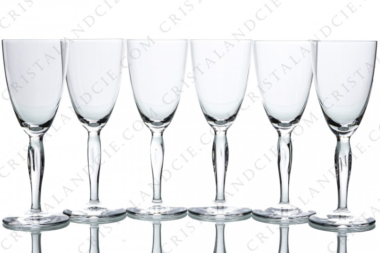 Set of six Sherry glasses n°5 in crystal by Daum pattern Ovedelia with a twisted stem