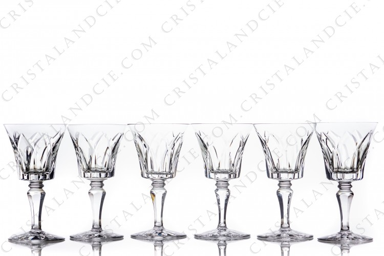Set of six wine glasses n°3 in crystal by Saint-Louis pattern Camargue with an important cut pattern photo-1