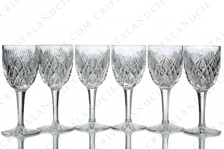 Set of six wine glasses n°3 in crystal by Saint-Louis pattern Florence with an important cut pattern on the gob and the foot photo-1