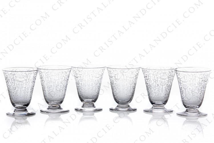Set of six wine glasses n°4 in crystal by Baccarat pattern Michelangelo with an important engraved pattern