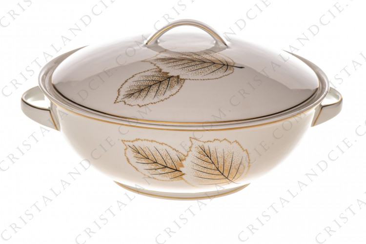Soup tureen in Limoges china by Bernardaud pattern Catherine created by Nicole Desjardin, decorated with gold and black leaves
