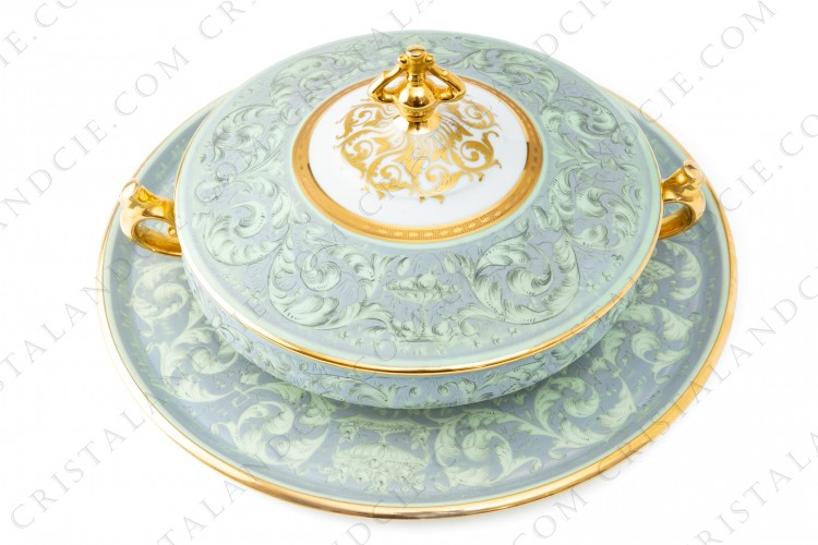 Soup tureen by Le Tallec