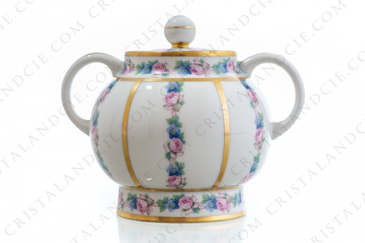 Art Deco sugar bowl in china of Limoges by Legrand decorated with polychromes flowers