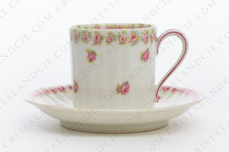 Coffee cup in china of Limoges by Theodore Haviland decorated with polychromes roses photo-1
