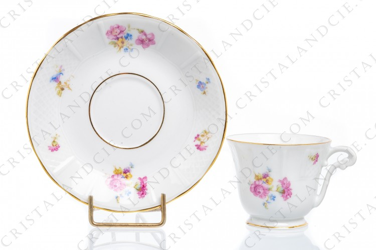 Coffee cup in china of Limoges by Bernardaud decorated with polychromes flowers and gold borders photo-1