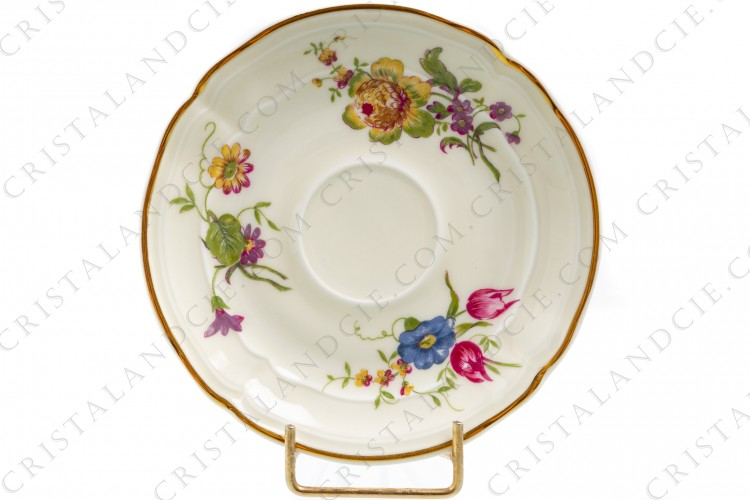 Coffee cup in china of Limoges by Bernardaud shape Régence decorated with polychromes flowers