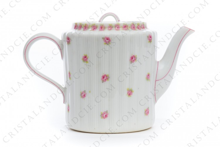 Tea pot with roses by Haviland