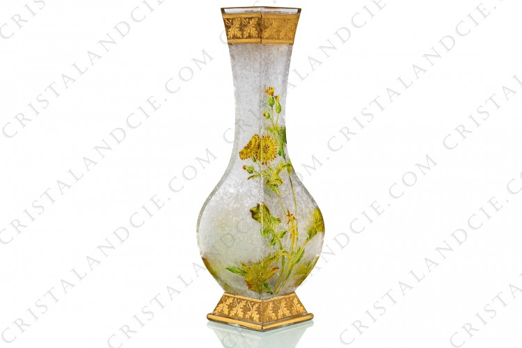 Vase Art Nouveau in crystal by Baccarat Japanese shape pattern with Leontodon with an engraved with the acid background and a hand enameled and polychrome pattern of leontodon