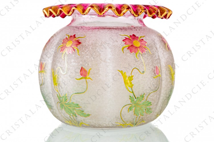 Art Nouveau poly-lobed vase in crystal by Saint-Louis decorated with hand enameled polychromes and gold Japanese anemones on an engraved with acid background