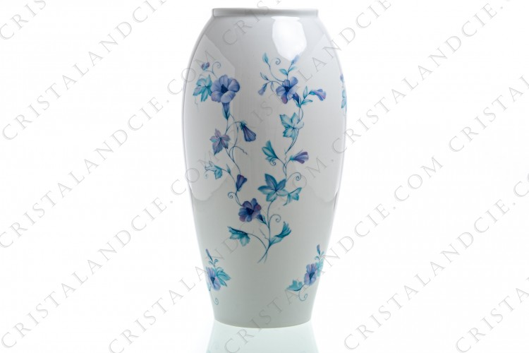 Vase in Limoges china by Giraud decorated with climbing flowers in shades of blue