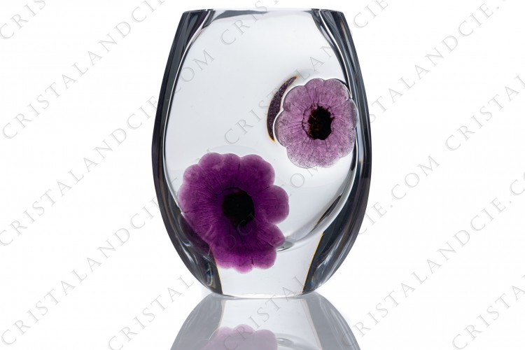 Vase in crystal by Daum pattern Coppelia with a pink and a purple flowers in pate de verre photo-1