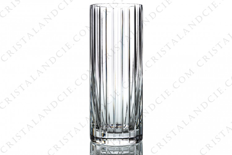 Vase in crystal by Baccarat pattern Harmonie large model decorated with cut bevels