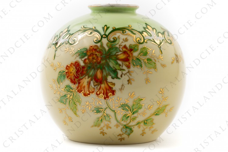 Vase in Limoges china by the Société limousine de porcelaine, hand painted by Faury, decorated with red flowers gold enhanced on a beige and green background