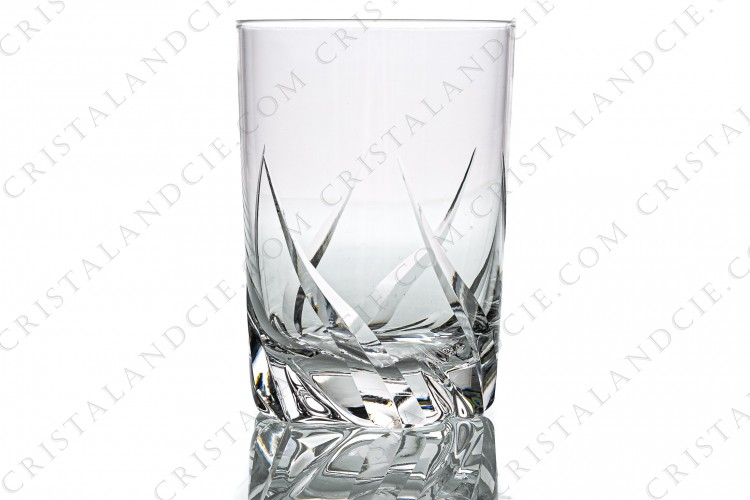 Water glass n°2 in crystal by Daum pattern Bleneau with a cut pattern