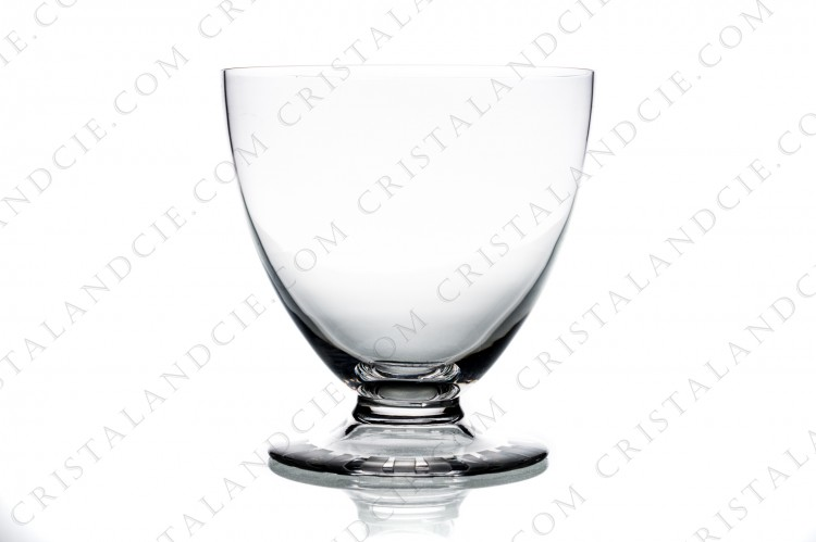 Watergoblet n°2 in crystal by Daum pattern Briançon with a cut and frosted Art Deco pattern on the foot