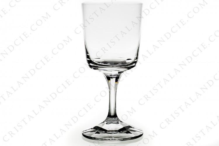 Watergoblet n°2 in crystal by Lalique pattern Chenonceaux with a foot decorated with flatcuts
