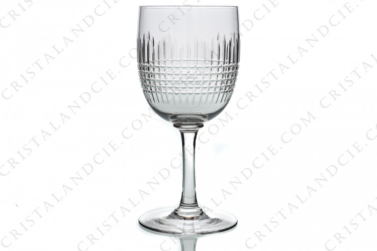 Water glass n°2 in crystal by Baccarat pattern Nancy with an important cut pattern